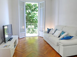 2 bedroom Apartment in Nice, Provence-Alpes-Côte d'Azur, France : ref 5039700