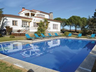 6 bedroom Villa in Les Mallorquines, Catalonia, Spain : ref 5545870