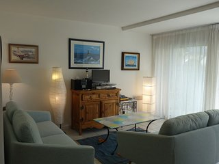 3 bedroom Apartment in Carnac-Plage, Brittany, France : ref 5699849