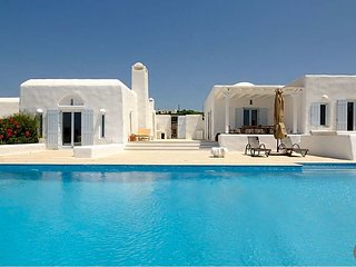 5 bedroom Villa in Alyki, South Aegean, Greece : ref 5608969