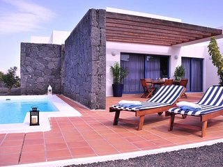 2 bedroom Villa in Playa Blanca, Canary Islands, Spain : ref 5698801