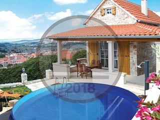 1 bedroom Villa in Nerezisce, Splitsko-Dalmatinska Zupanija, Croatia : ref 56094