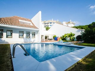 4 bedroom Villa in Puerto Banus, Andalusia, Spain : ref 5455936
