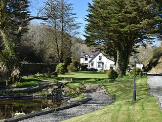 Glynllifon House Luxury Country Living