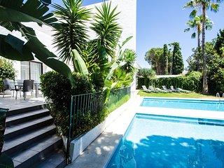4 bedroom Villa in Playa Duque Marbella, Andalusia, Spain : ref 5610614