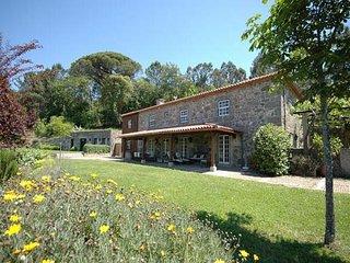 7 bedroom Villa in Gandra, Braga, Portugal : ref 5455209