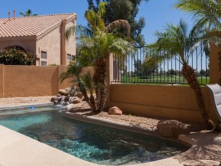 3BR Gated Ocotillo Home, Pool, Golf Course Views