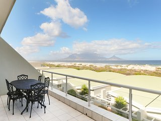 Spacious three bedroom apartment with incredible views