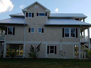 Seabreeze...Yes Plz! New Home w/ Heated Pool & Spa! Sleeps 10+ A Memory Maker!