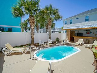 ** ALL-INCLUSIVE RATES ** Kodak Moments - Private Pool with Poolside Tiki Bar