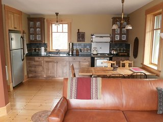 BioBio ( Eco) Guest House on organic farm 10 min from Nelson
