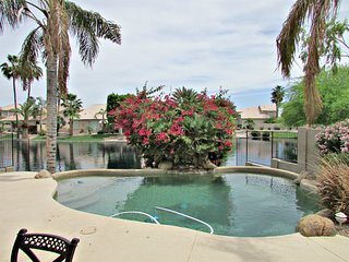 3BR Ocotillo Home w/ Pool and Lake Views