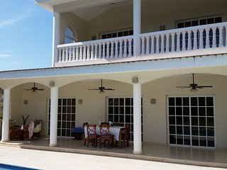 Beautiful 6 Bedroom Villa on Lifestyles All Inclusive Resort