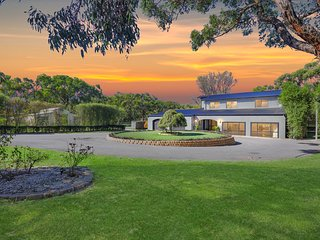 Elk Estate - Entire Holiday House in Inverloch