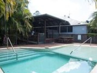 Chesson Lodge Luxurious accomodation, magnificent views and pool in Uki NSW