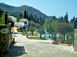 Holiday private villa in Corfu, Achilleion - Benitses