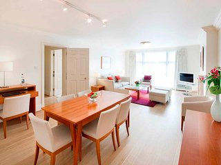 Luxury two bedroom serviced apartment located on Old Park Lane, Mayfair.