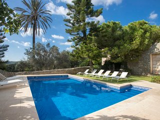 6 bedroom Villa in Lloseta, Balearic Islands, Spain : ref 5610735