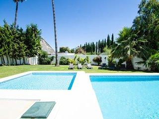 7 bedroom Villa in Playa Duque Marbella, Andalusia, Spain : ref 5610732