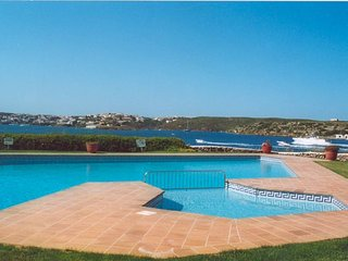 3 bedroom house in a private community with stunning views of Mahon harbour
