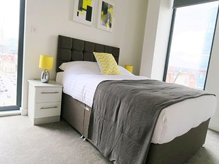 Quay Apartments Manchester 2 bedroom