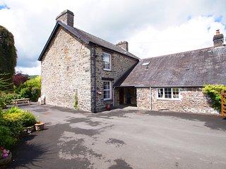 Llety Hiriaeth: Spacious Mid Wales Farmhouse-24537