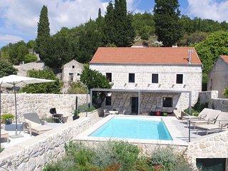 Hedera Estate, Villa Hedera VIII