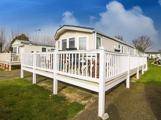 6 berth caravan with D/G, C/H and decking. At Manor Park Holiday Park.REF 23014W