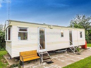 6 Berth Caravan in Manor Park Holiday Park. Hunstanton. Ref 23066 Chelsea
