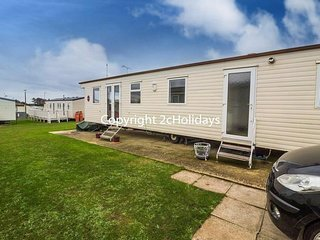 8 berth caravan at Manor Park Holiday Park. *Pets allowed. Ref 23085S