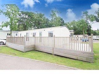 6 Berth Caravan in Carlton Meres Holiday Park, Saxmundham Ref: 60080 Mallard