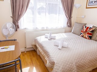 Small double room MR2