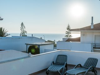 Enchanting house just 500m from the beach in a private condominium!