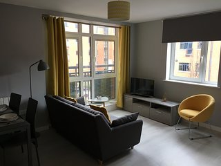 Trinity Wharf City Centre Apartment-Breakfast&Parking