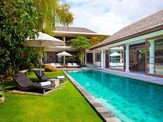 Garden & Pool View - MVO34