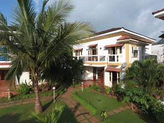 Independent 3BR Holiday Home in South Goa with home-cook & common pool