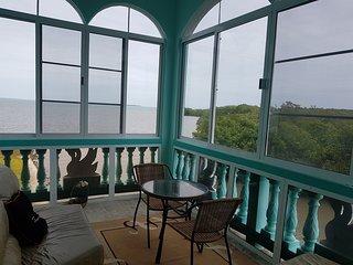 See Belize Sunroom Sea View Escape