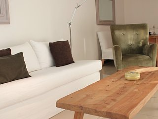 Modern 1 Bedroom Apartment with Incredible Amenities in Buceo