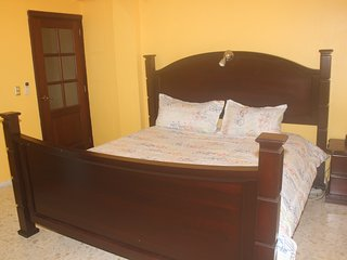 Sunhouse Samana King Size Free Wifi & Breakfast