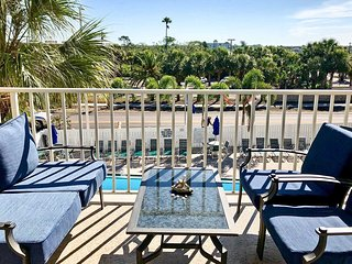 NEW! Indian Shores Condo w/ Pool on the Beach!
