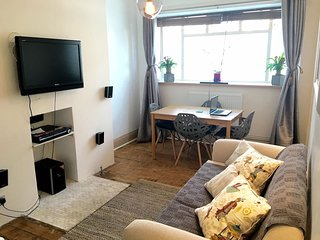 Smart and cosy 1bed flat in hype Stockwell/Clapham