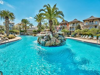 Upscale Beach Home, Lagoon Resort Style Pool/Spa, Near Beach + FREE VIP Perks