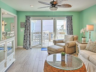 N Myrtle Beach House w/ Pool, Walk to Beach & More