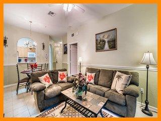 Windsor Hills Resort 357 - Luxury condo with communal pool near Disney
