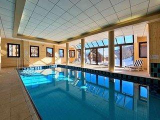 T2 pied des pistes avec piscine et sauna