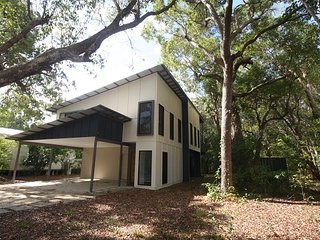 3 Naiad Court - Modern, two storey home with bushland views, close to the beach