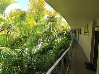 Keawakapu 208 Ocean View Two-Bedroom One Block From The Beach! New Listing!