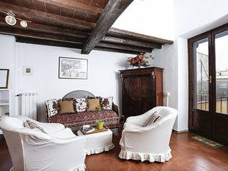 Pantheon Romantic Nest with Terrace