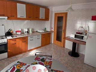 Lahovari - 1 beroom apartment