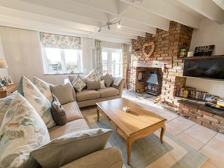 Cider Press- Very pretty cottage with 2 bedrooms, great views & near Dartmouth